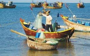 Πρίμ σε ψαράδες για απόσυρση των σκαφών