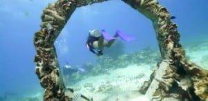 Δείτε εκπληκτικές εικόνες από το μεγαλύτερο υποβρύχιο μουσείο στον κόσμο