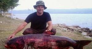 Ψαράδες στη Θεσσαλονίκη έπιασαν ψάρι 65 κιλών!