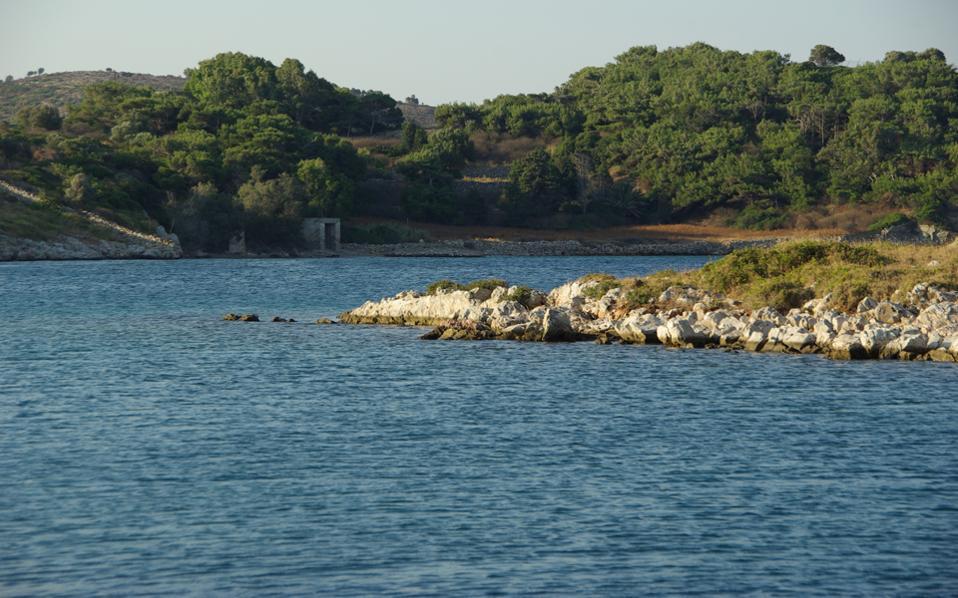 Νησάκια – κουκκίδες με ηρωικούς κατοίκους