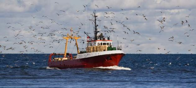 Δίκαιη μεταχείριση των αλιέων ζητά το ΕΚ