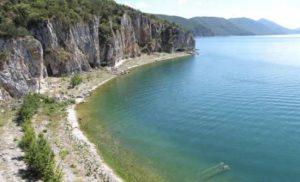 Φλώρινα: Συλλήψεις για παράνομη αλιεία στη λίμνη Μεγάλη Πρέσπα