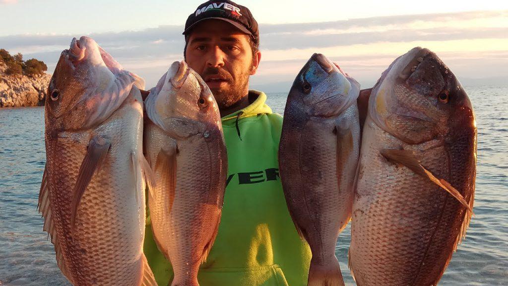 Ένα δύσκολο ψάρεμα σε απομονωμένη παραλία